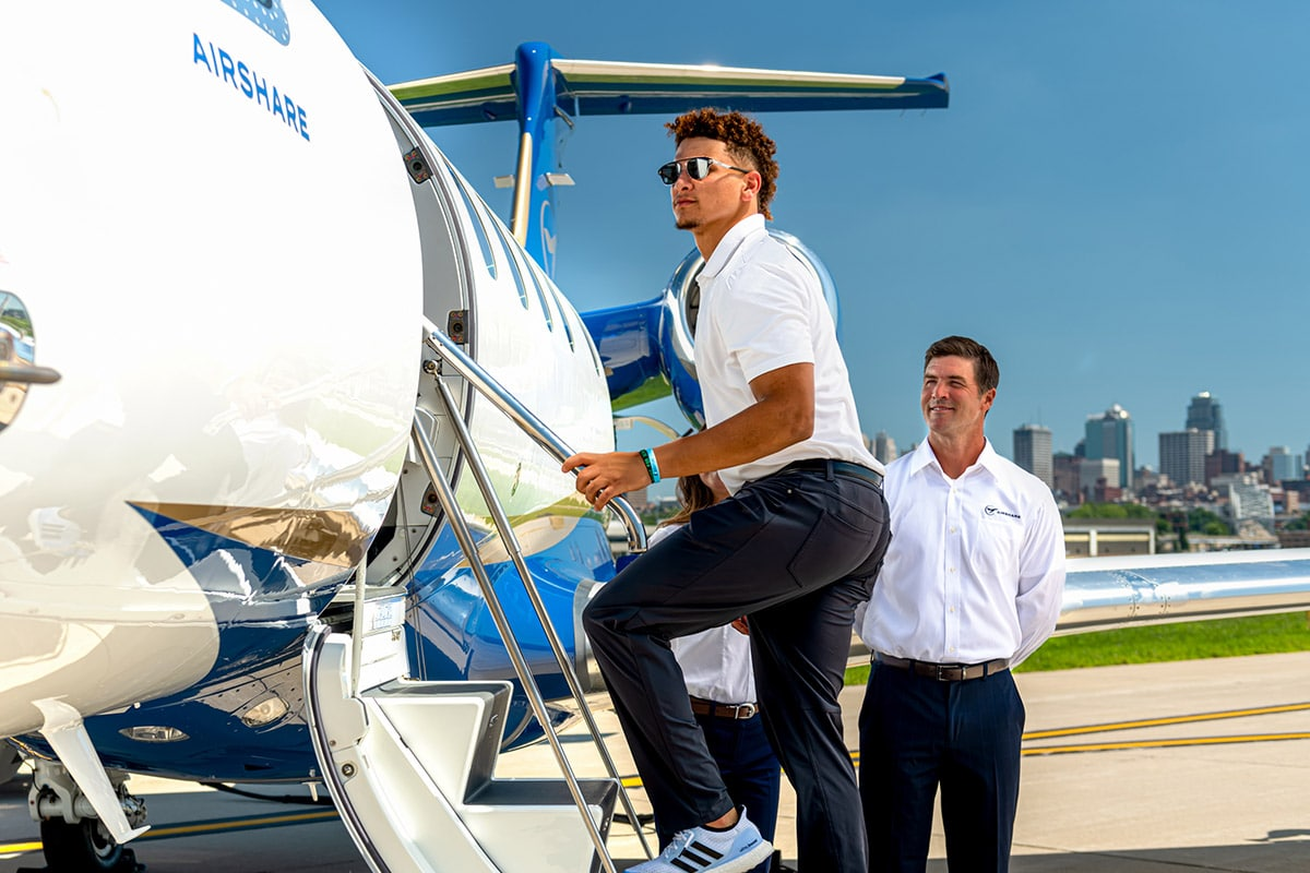 Patrick Mahomes discusses how Airshare private jet travel helps him accomplish more.