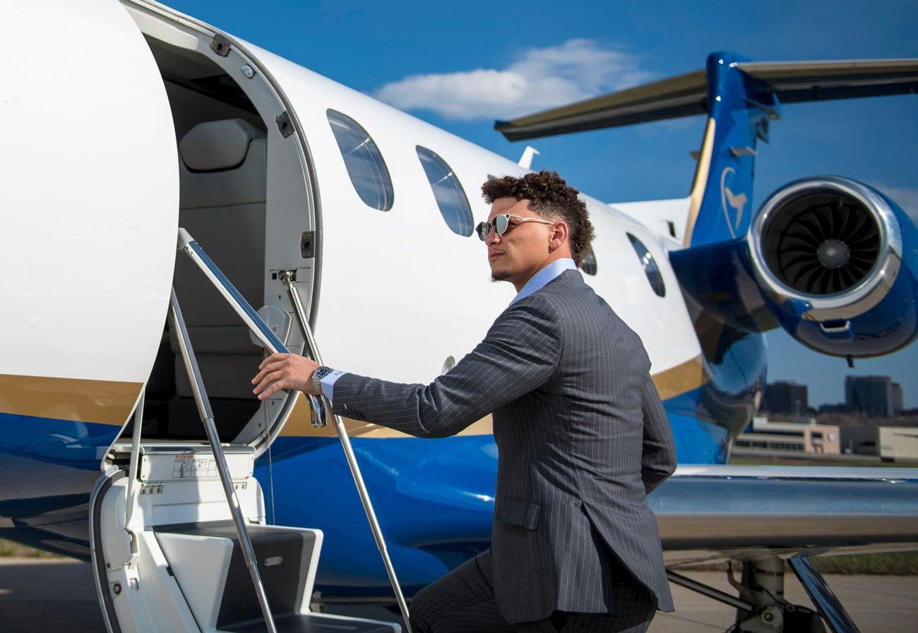 Patrick Mahomes Boarding Airshare